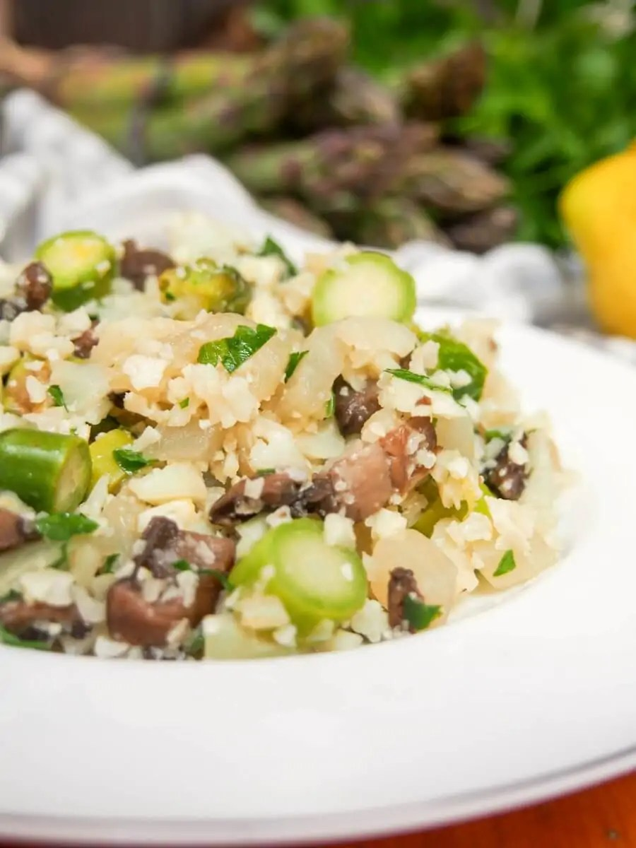This Cauliflower Risotto With Mushroom And Asparagus Is More Than Just  Another Cauliflower Rice Trend Meal
