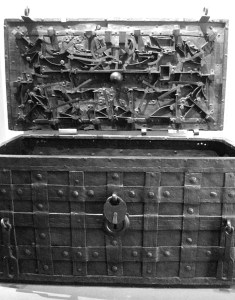 BW-300dpi-771px-The_Darien_Chest_Royal_Museum_Edinburgh-235x300 Author's Blog