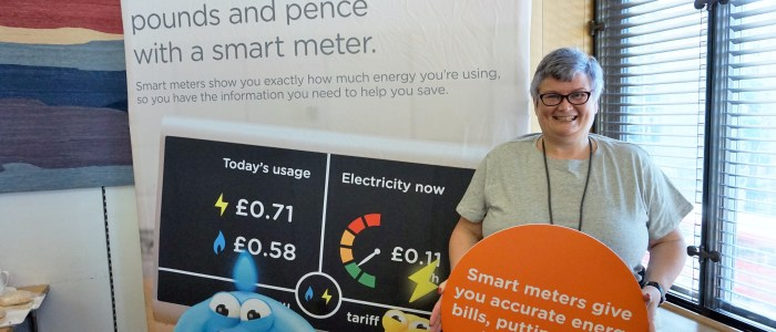 Carolyn Harris MP urges constituents to get a smart meter installed