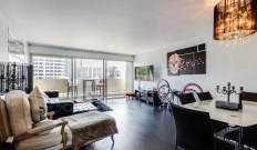 Crown Towers 1 bedroom condominium sold