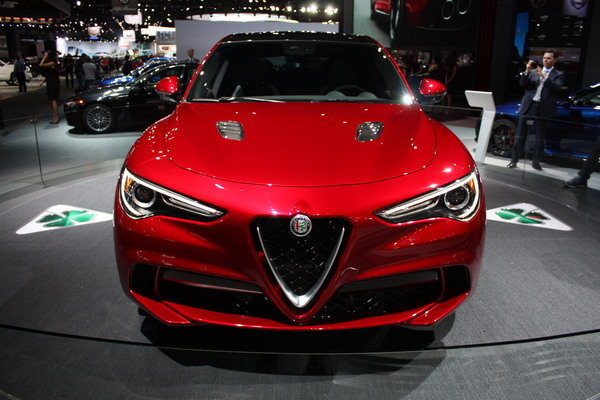 Alfa Romeo Stelvio Review
