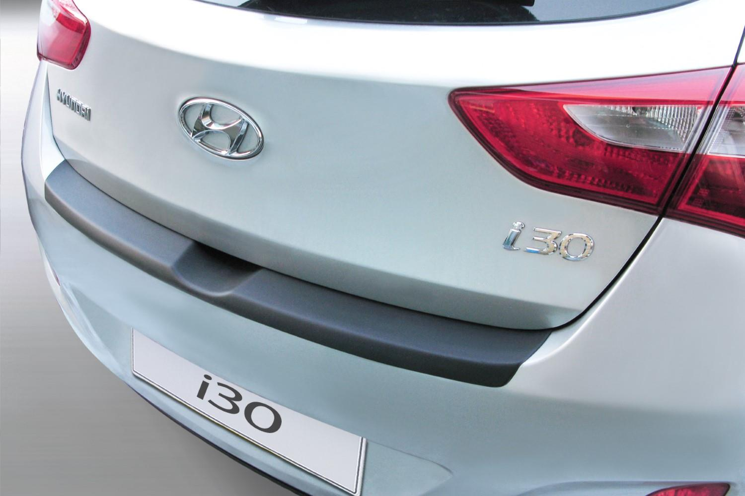 hight resolution of hyundai i30 gd 2012 2016 5 door hatchback rear bumper protector abs hyu10i3bp