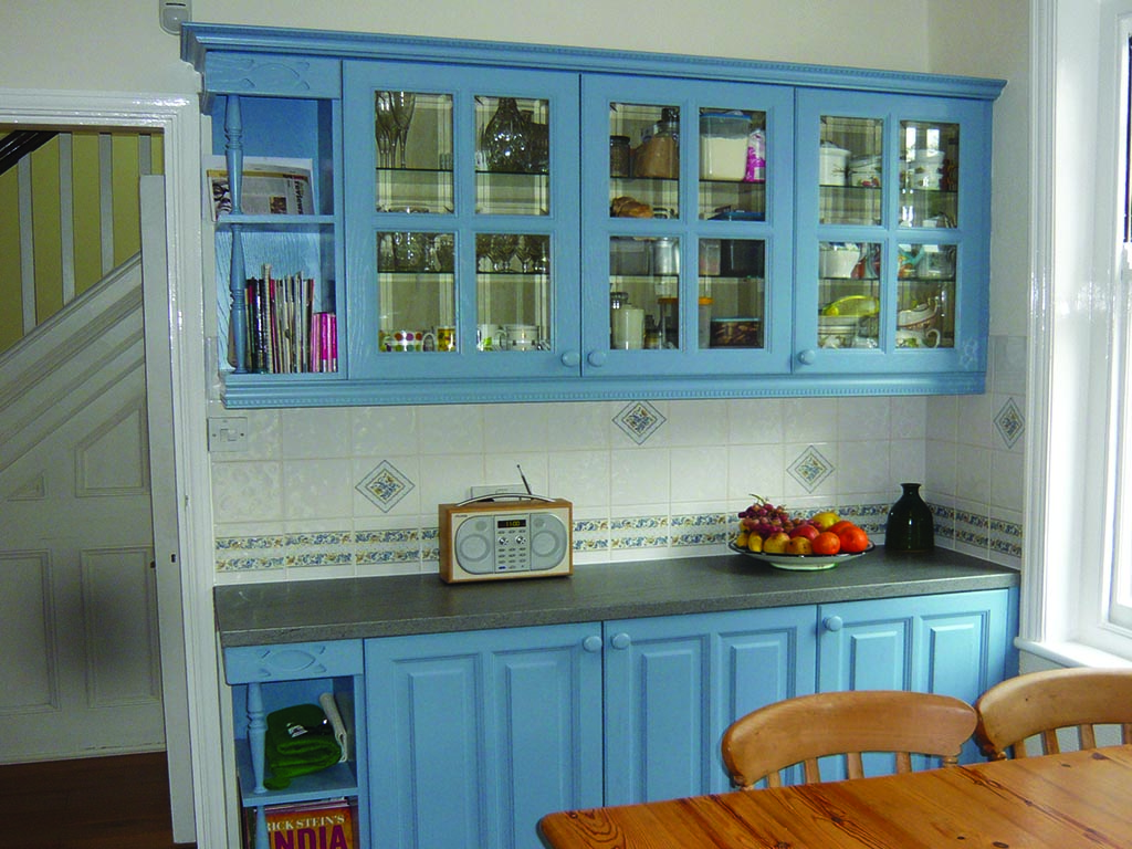 Norwich Carpentry Painted Wooden Kitchen Units