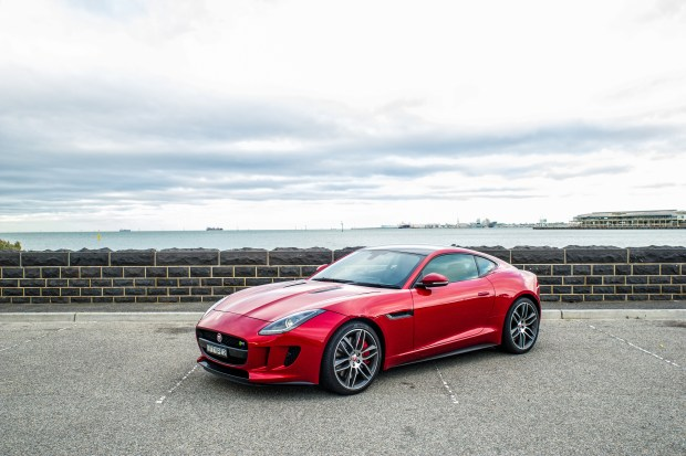 2014 Jaguar F-TYPE Coupe R - Italian Racing Red