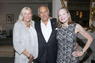 IMG_2468 Jeanne & Carl Nicola, Michele Lutz