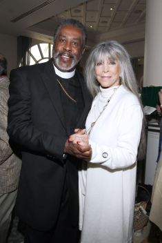 IMG_2488 Bishop Harold Ray & Barbara Katz