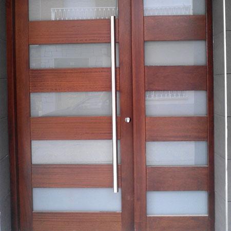 puertacombinadamaderavidrio