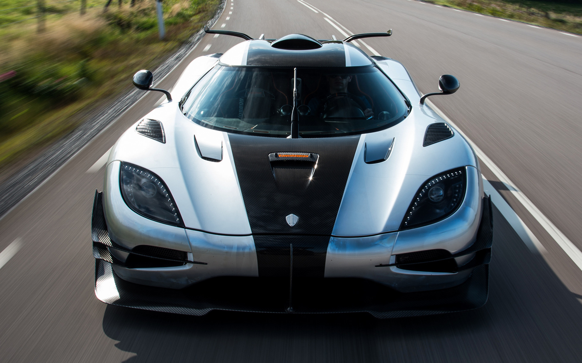 Ferrari Iphone 6 Wallpaper 2014 Koenigsegg One 1 Wallpapers And Hd Images Car Pixel