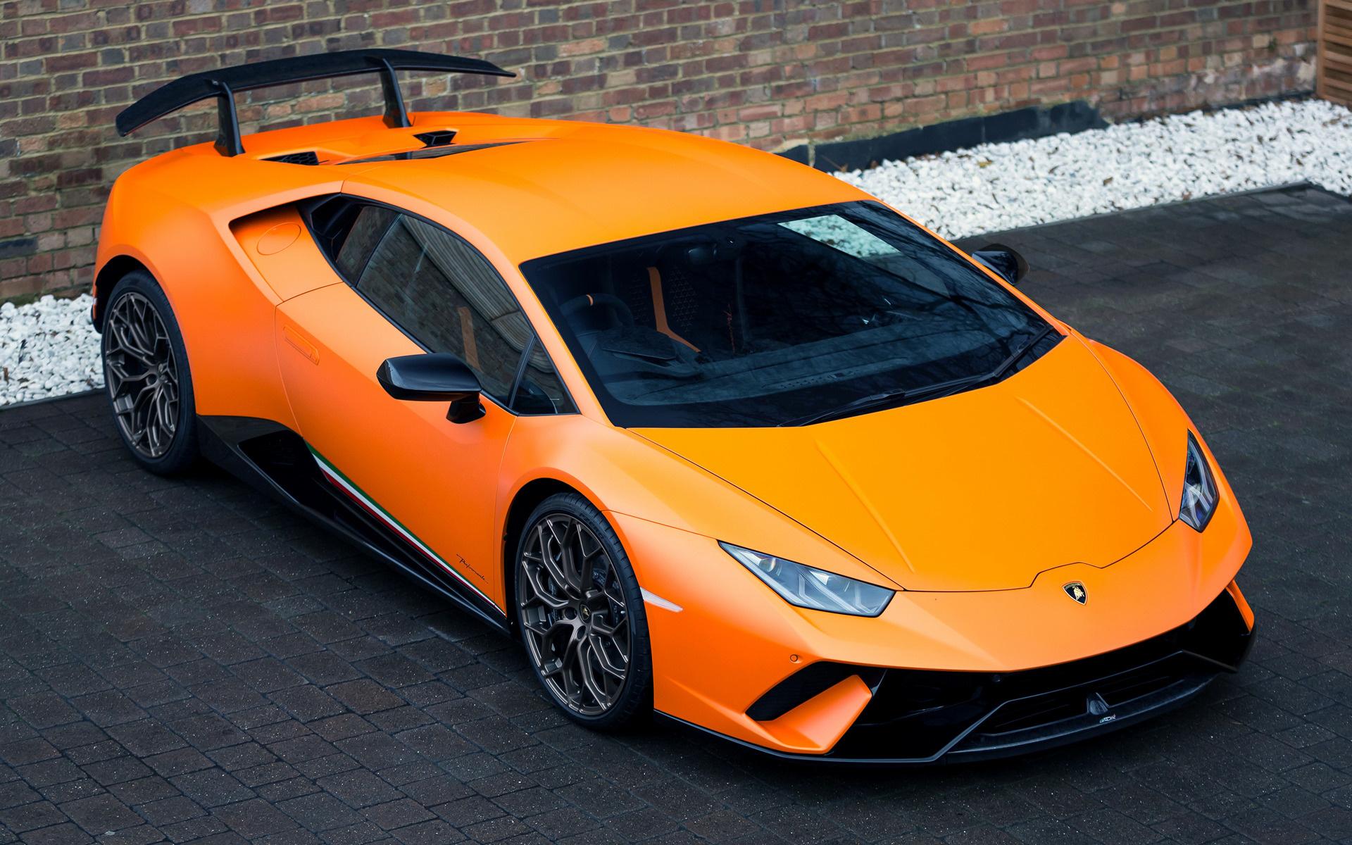 Mclaren 2015 F1 Car Wallpaper 2017 Lamborghini Huracan Performante Uk Wallpapers And