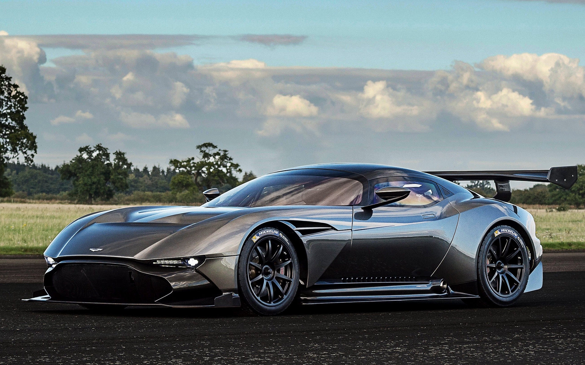 Hd Car Wallpapers Subaru 2015 Aston Martin Vulcan Wallpapers And Hd Images Car