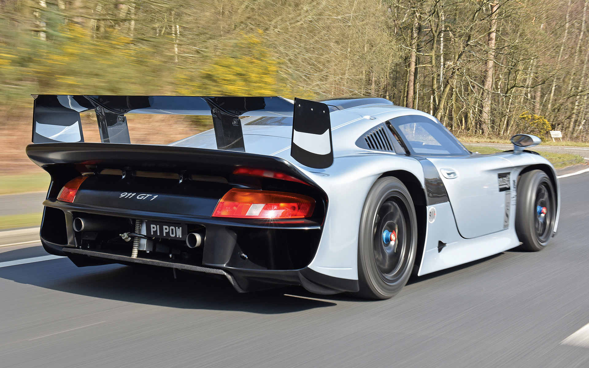 Royal Royce Car Hd Wallpaper 1997 Porsche 911 Gt1 Evolution Wallpapers And Hd Images