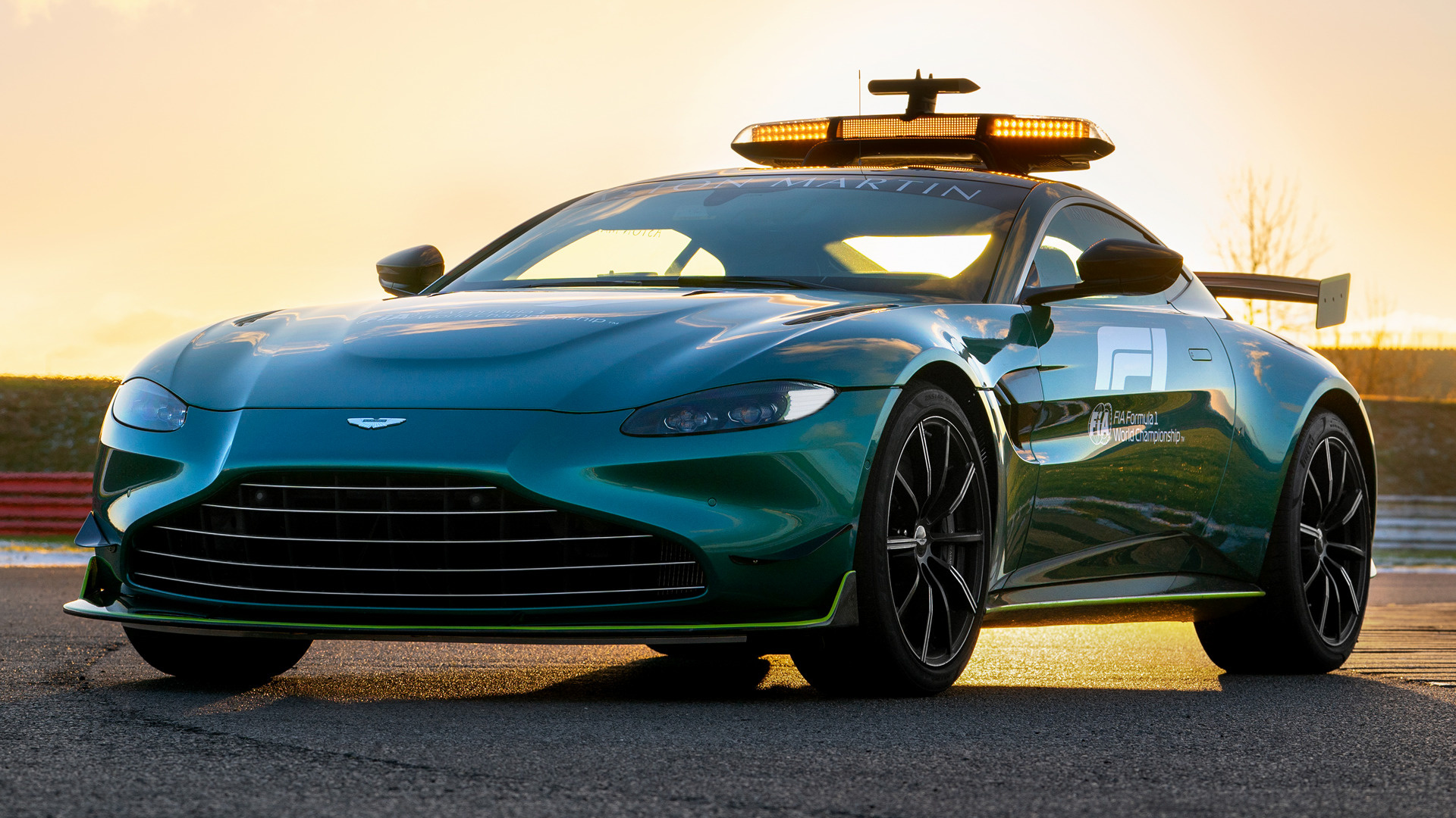 If you're purchasing your first car, buying used is an excellent option. 2021 Aston Martin Vantage F1 Safety Car Wallpapers And Hd Images Car Pixel