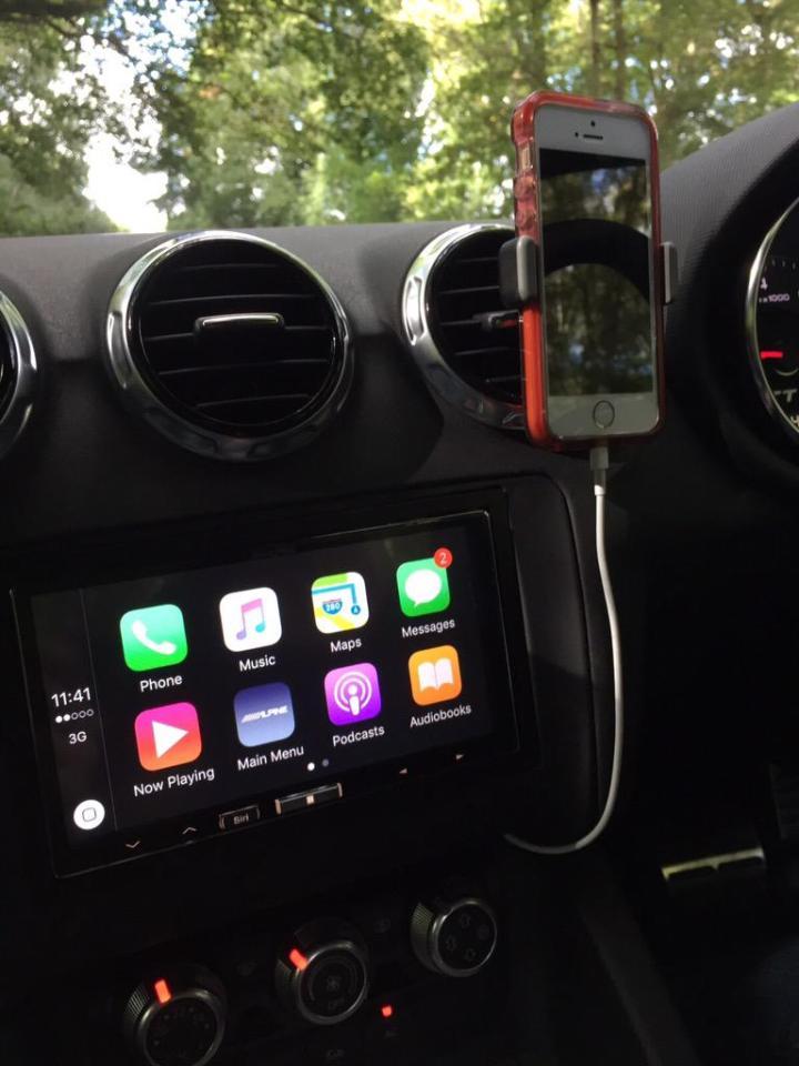 Audi TT CarPlay Install