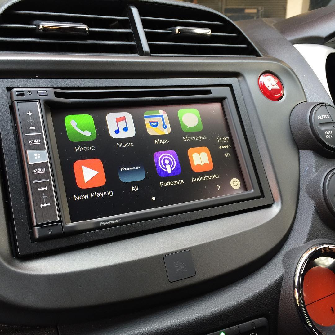 carplay installs pioneer avic f980bt in an honda jazz. Black Bedroom Furniture Sets. Home Design Ideas
