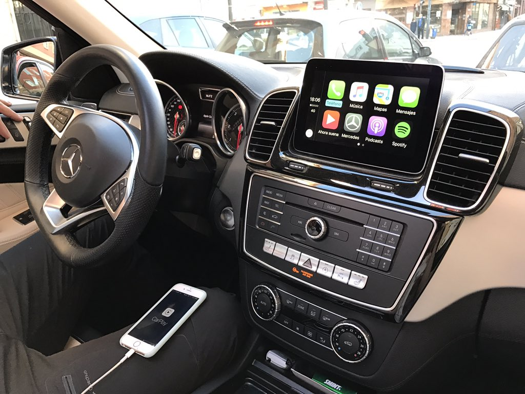 carplay installs factory fitted in a mercedes glc. Black Bedroom Furniture Sets. Home Design Ideas
