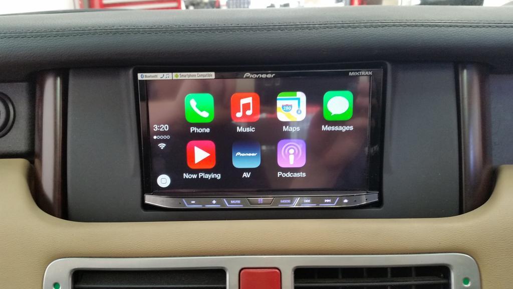 Carplay Installs Pioneer Avh X8700bt In A Range Rover