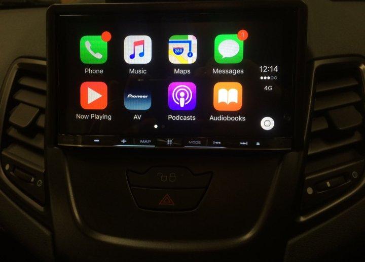 Fiesta 2010 CarPlay Install