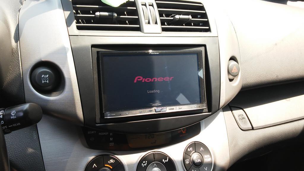 CarPlay Installs: Pioneer AVIC-F60DAB in a Toyota RAV4 – CarPlay Life – Apple CarPlay News ...