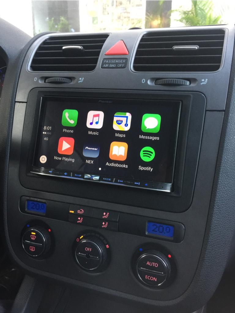 carplay installs pioneer avic 8100nex in a 2006. Black Bedroom Furniture Sets. Home Design Ideas