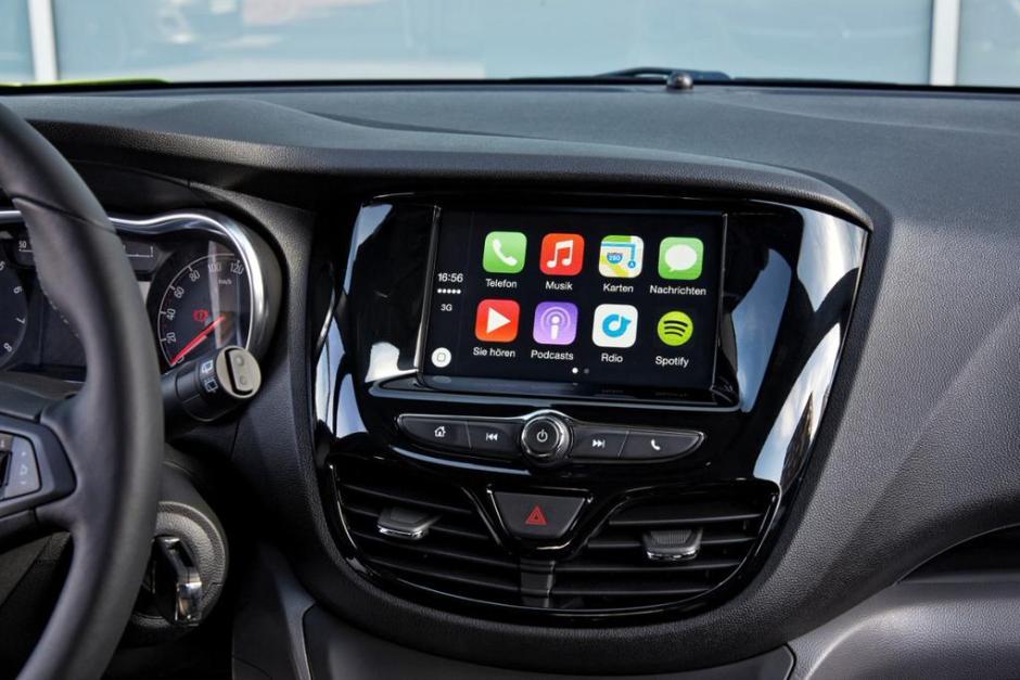 Vauxhall Viva CarPlay