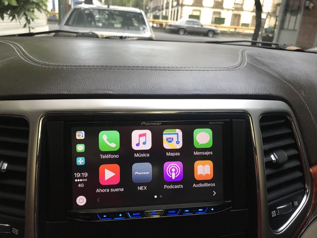 carplay installs pioneer in a 2011 jeep grand cherokee overland carplay life apple carplay. Black Bedroom Furniture Sets. Home Design Ideas