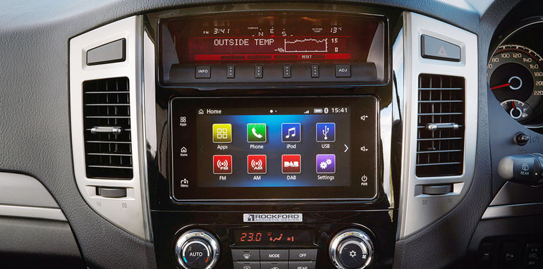 2016 mitsubishi pajero will feature apple s carplay. Black Bedroom Furniture Sets. Home Design Ideas