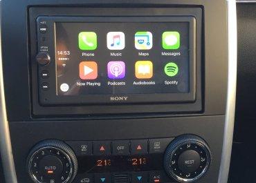 CarPlay Installs: Sony XAV-AX100 in a 2007 Mercedes B-Class