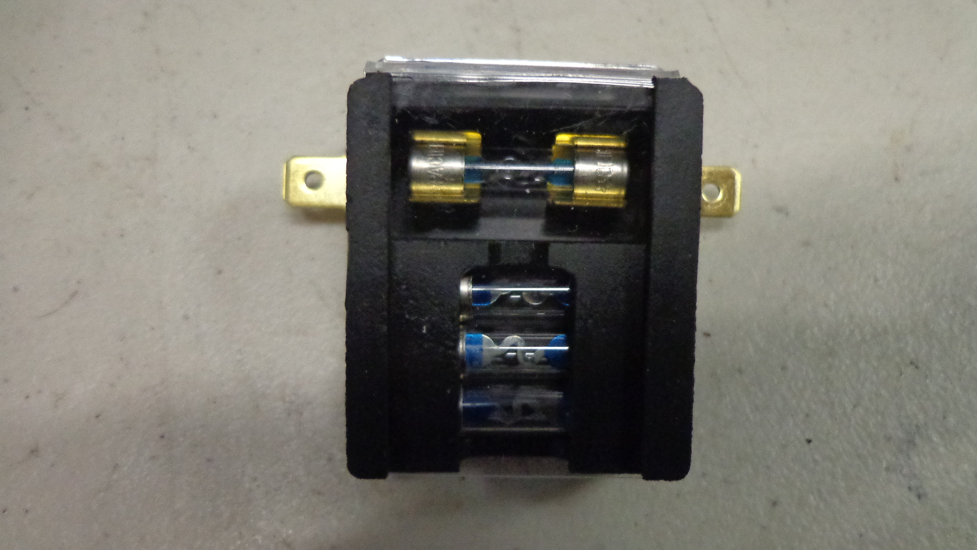 hight resolution of here we have a genuine honda fuse box and holder this is brand new and ready to use on your k0 k1 and k2 cb750 honda s o h c model