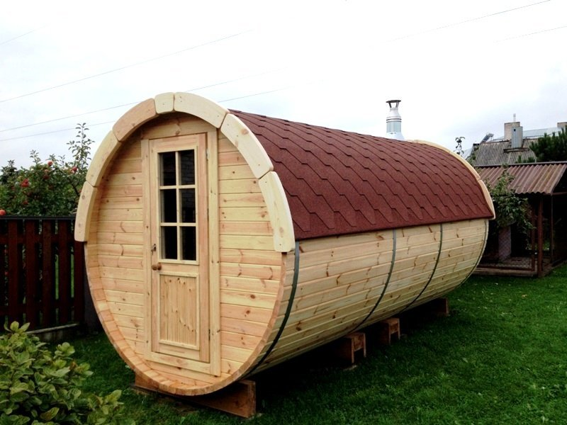 4.5m Pine Barrel Sauna with Changing Room