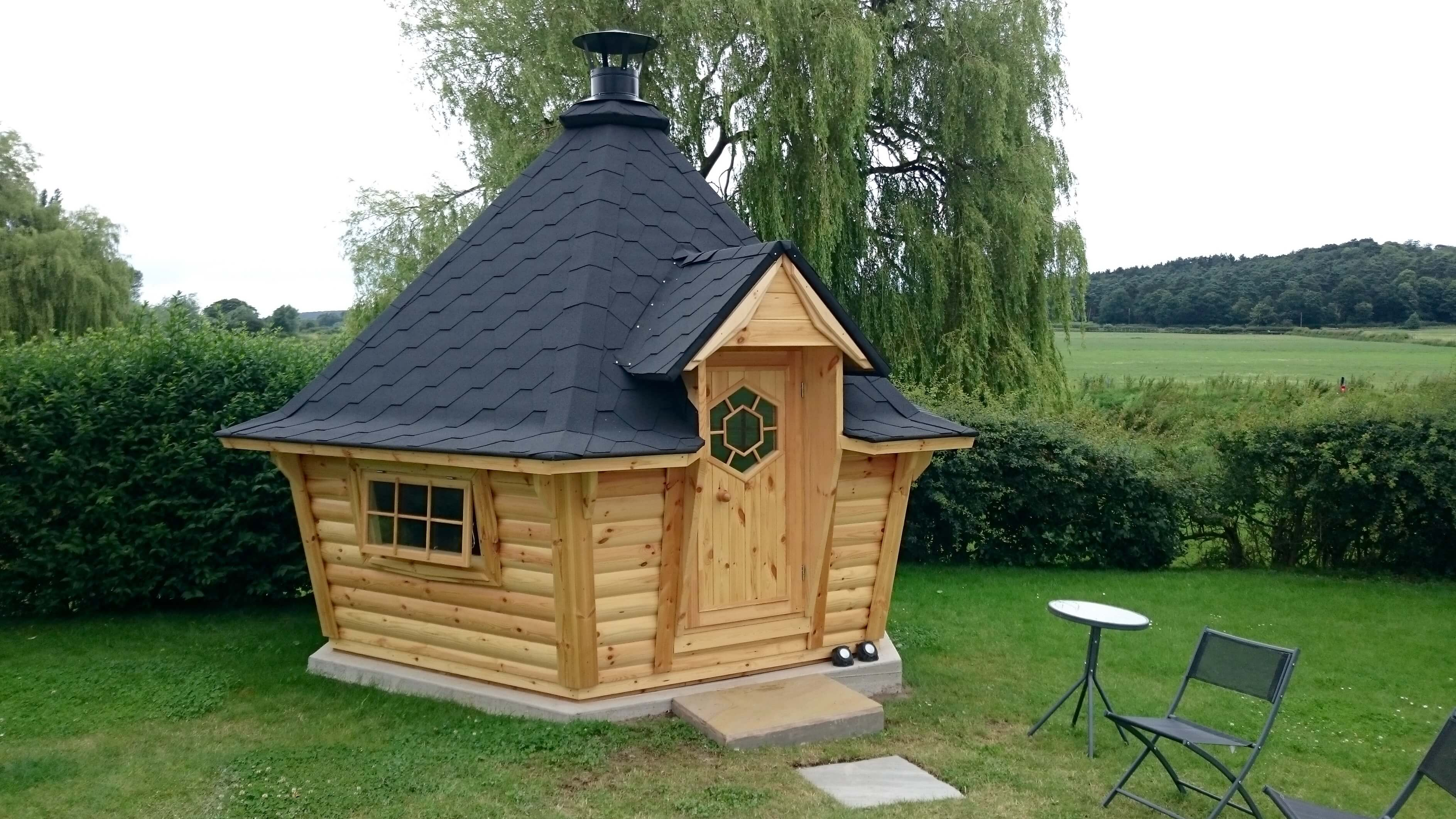 10m Sloping Grill Cabin