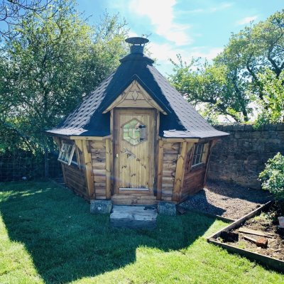 7m Sloping Wall Barbecue Cabin in Golden Brown
