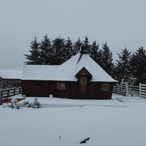 17m Sloping Wall Grill Cabin with extension in the snow!