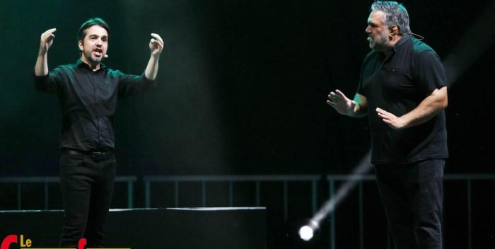 Le duo d'humoriste Dominic et Martin performent sous les klaxons
