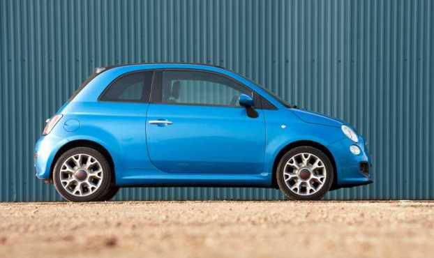 Fiat 500 S side