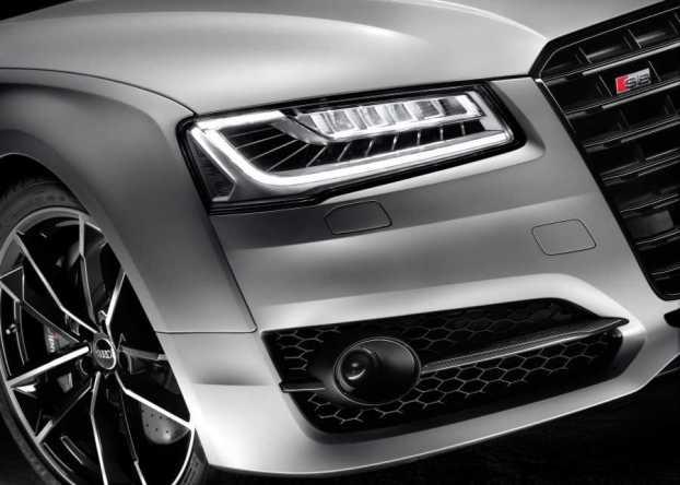 AudiS8plus3