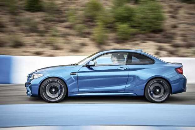 BMWm2side