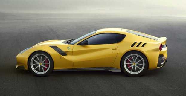 FerrariF12-3NEW