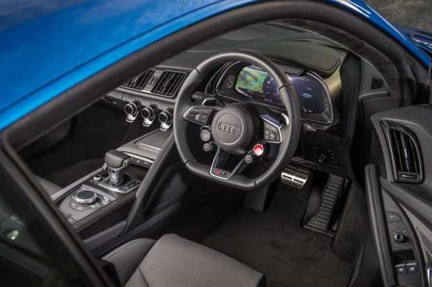 AudiR8Blue3