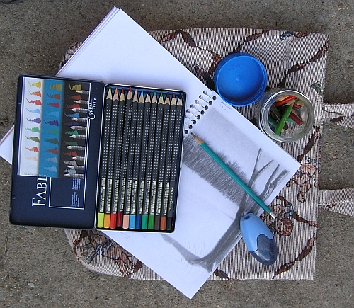 colored-pencil-field-kit