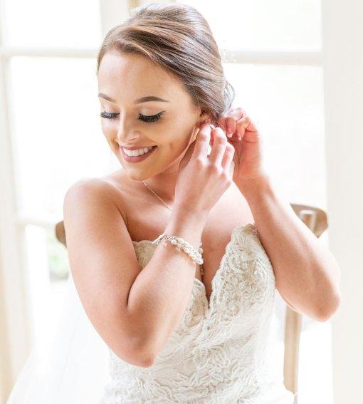 Handmade pearl bridal bracelet by Carrie Whelan Designs