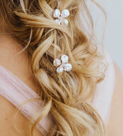 Keshi pearl flower hair pin handmade by Carrie Whelan Designs