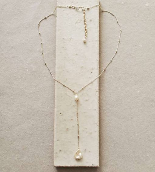 Keshi pearl lariat necklace handmade by Carrie Whelan Designs
