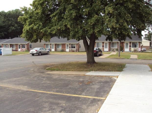 carroll-county-housing-authority-savanna-illinois-maple-lane-4