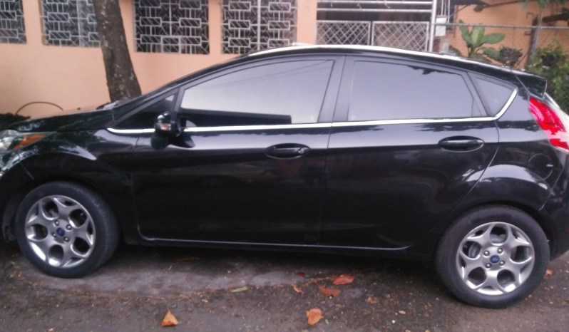Ford Fiesta 2012 full
