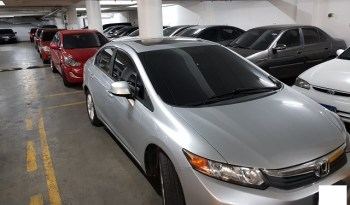 Vendo Honda Civic 2002 EX, Automático, 4 puertas, full extras (vidrios y espejos eléctricos, cierre central), CD player con USB y entrada auxiliar, rines, sunroof, A/C, muy económico, $6900 ¡Precio Negociable!, Inf. al correo ó 79278982