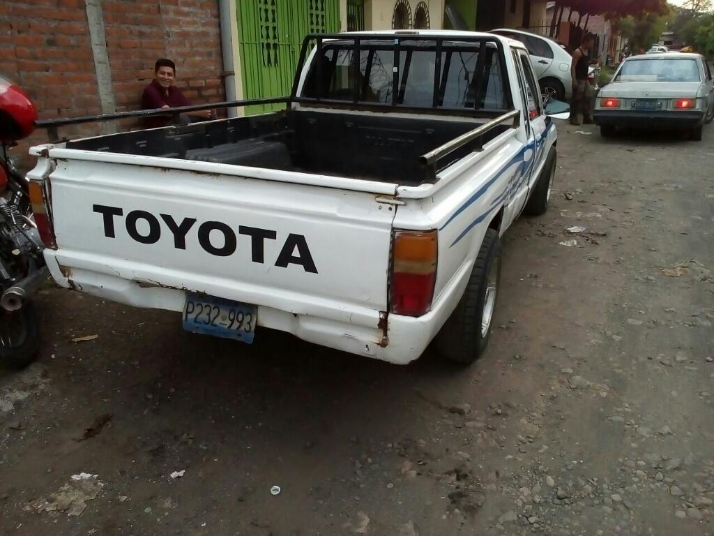 Venta De Carros En El Salvador >> Cachada De Pick Up Toyota Carros En Venta San Salvador El Salvador