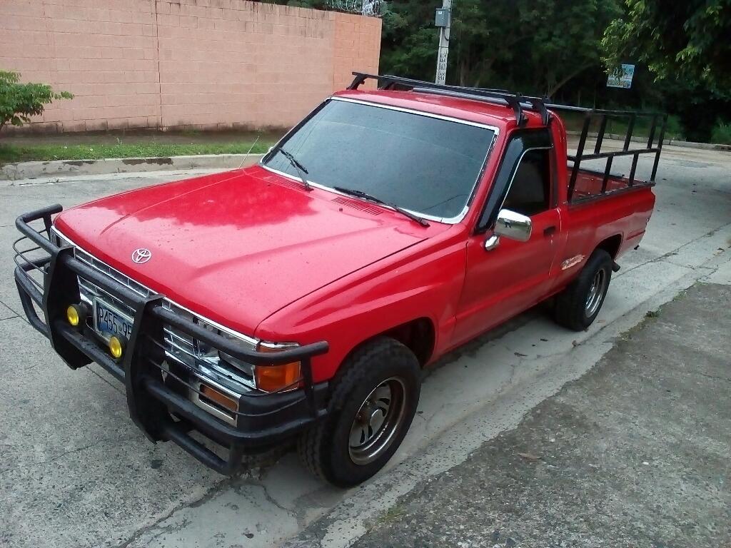 Toyota Hilux 87 - Carros en Venta San Salvador El Salvador