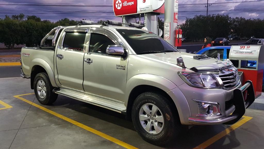 Toyota Hilux 2014 Agencia 4x4 Estandar - Carros en Venta ...