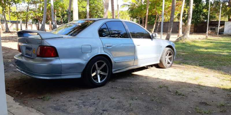 vendo Mitsubishi-Galant-LS-2003