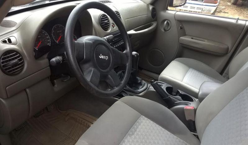 Usados: Jeep Liberty (Cherokee) 2005 mecánico súper económico full